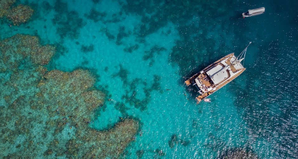 Outer Reef Day Trips